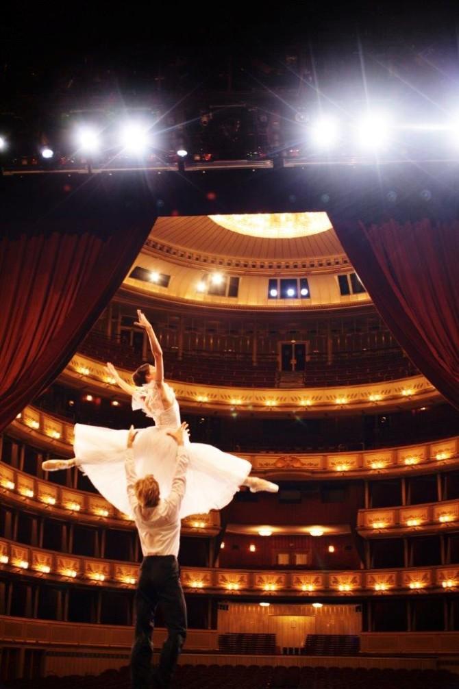 Viyana İstanbul ile buluşuyor – Viyana'dan dans eden resimler