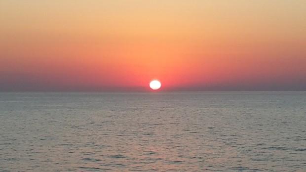 Gemimizden gün batımını izlemek